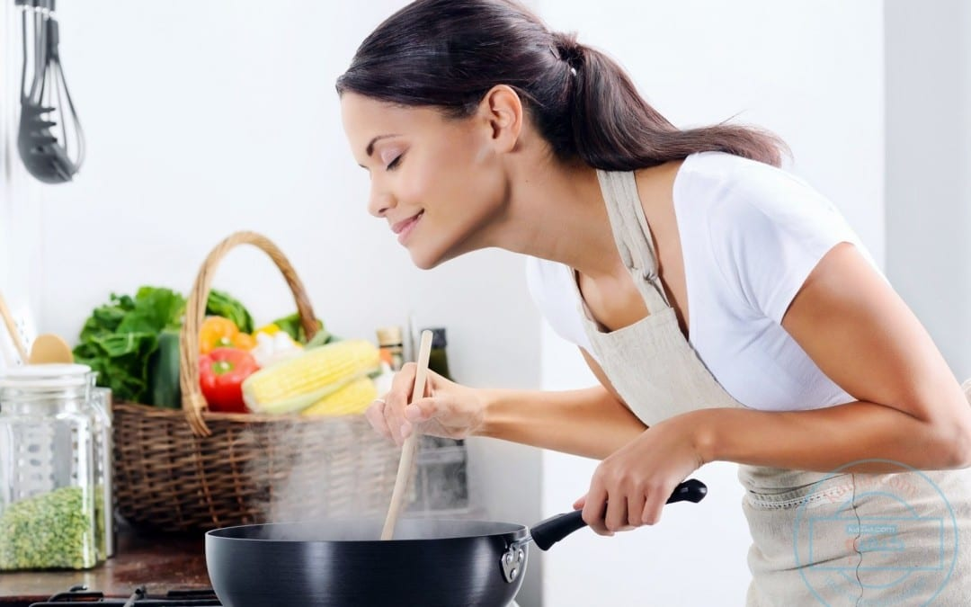Cooking At Home Results in Healthier, Cheaper Meals - El Paso Chiropractor