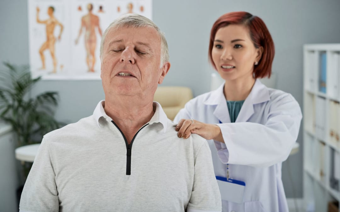 Upper and Mid-Back Pain Causes El Paso, Texas