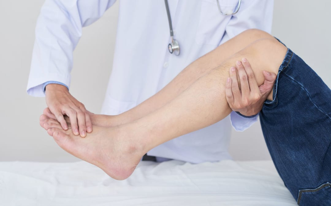 Degenerative Disc Disease Can Cause Nerve Pain in the Feet